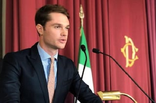 """Il discorso di Marco Cartasegna in Parlamento: """"Se avete foto hot sul telefono, cancellatele"""""""