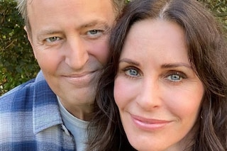 Monica e Chandler di Friends a pranzo insieme, la foto di Courteney Cox fa 3 milioni di like