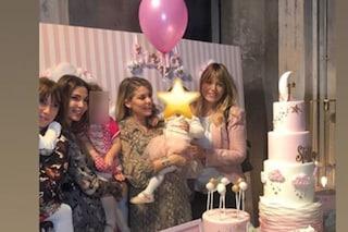 """Bobo Vieri e Costanza Caracciolo festeggiano il primo compleanno di Stella: """"Auguri amore"""""""