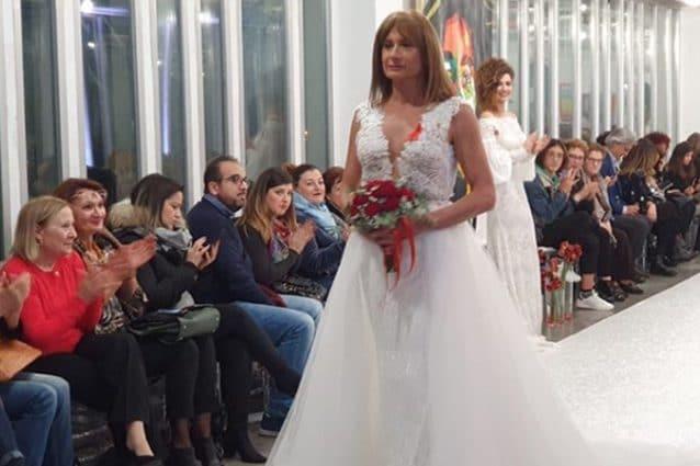 Vladimir Luxuria in abito da sposa: pioggia di commenti