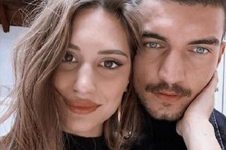 """Beatrice Valli: """"Gravidanza dura, sto male. Le nozze con Marco Fantini sono rimandate"""""""