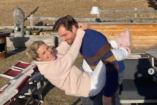 Michelle Hunziker compie 43 anni, il weekend romantico in montagna con Tomaso Trussardi