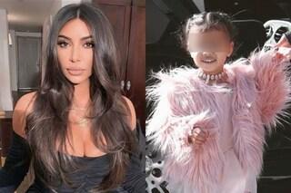 """Kim Kardashian nega le accuse: """"Mai regalato a mia figlia la camicia insanguinata di Kennedy"""""""