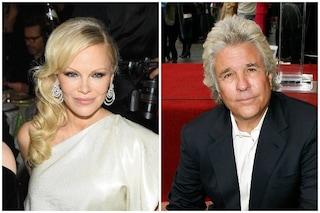 Pamela Anderson sposa il produttore Jon Peters, il loro primo appuntamento 30 anni fa