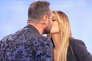 """Pamela Barretta ed Enzo Capo di 'Uomini e Donne' più innamorati che mai, lui: """"Voglio un figlio"""""""