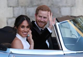 Harry e Meghan licenziano lo staff e chiudono l'ufficio di Buckingham Palace