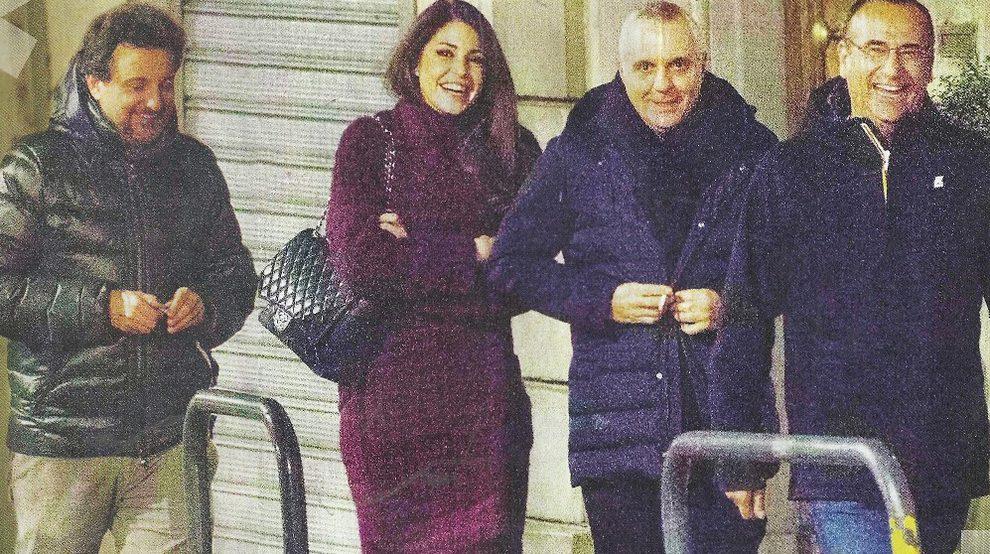 Pieraccioni e Teresa Magni con gli storici amici di lui Giorgio Panariello e Carlo Conti