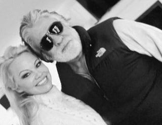 Pamela Anderson e Jon Peters si separano dopo 12 giorni di matrimonio