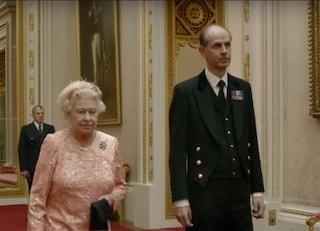 Regina Elisabetta in quarantena, solo a Paul Whybrew è concesso di starle accanto