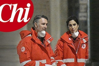 Raoul Bova e Rocio Munoz Morales volontari della Croce Rossa nella pandemia, l'aiuto ai senzatetto