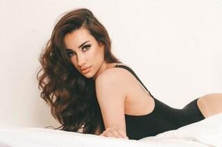 Chi è Adara Molinero, la modella ex di Gianmarco Onestini che ha parlato del suo pene piccolo