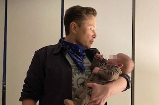 """Le aspettative di Elon Musk: """"Mio figlio non sa ancora usare il cucchiaio"""", ma X Æ A-II ha 2 mesi"""