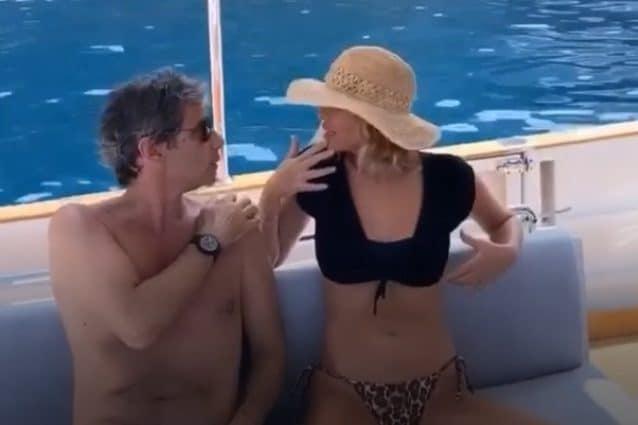 Alessia Marcuzzi in barca con il marito, il gossip con Stefano De Martino li ha riavvicinati