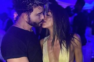 "Giacomo Urtis bacia la gieffina Adriana Peluso: ""Sono bisex"". I due già insieme un anno fa"
