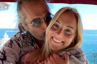 """Yari Carrisi è fidanzato con Thea Crudi, Romina Power benedice la relazione: """"È un angelo"""""""