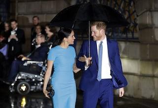 """Per Harry il compleanno più bello: """"È più felice che mai, si gode sua moglie e suo figlio"""""""