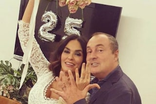 """Maria Grazia Cucinotta si è risposata con Giulio Violati: """"Dopo 25 anni insieme ci siamo riscelti"""""""