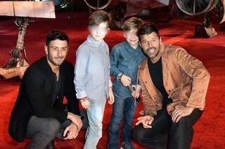 """Ricky Martin pensa al quinto figlio: """"Ci sono due embrioni che mi stanno aspettando"""""""