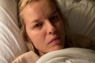 """Eva Herzigova positiva al Covid: """"Ogni giorno nuovi sintomi"""""""