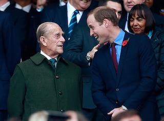 Il principe William rassicura sullo stato di salute del Principe Filippo