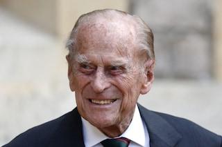 Il principe Filippo è stato dimesso dopo un mese in ospedale