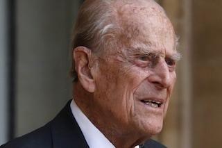 Come sta il principe Filippo, il marito della regina trasferito in un altro ospedale