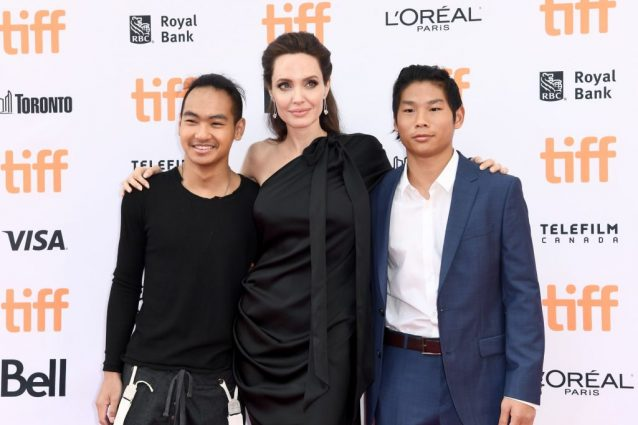 Maddox Jolie–Pitt, Angelina Jolie, e Pax Jolie–Pitt