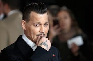 Sconosciuto irrompe nella villa di Johnny Depp, fa un doccia e si prepara un drink: arrestato