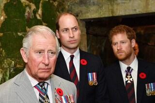 Harry ha parlato con il principe William e con il padre Carlo: ecco come è andata