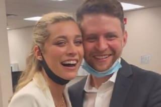 """Ludovica Frasca si è sposata con una cerimonia di pochi minuti: """"Anelli fatti di cavi elettrici"""""""