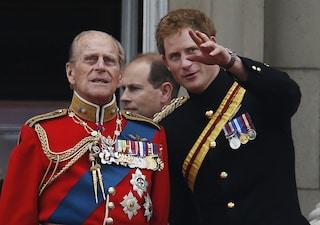 """Il Principe Harry ricorda il principe Filippo: """"Mio nonno era un battutista leggendario"""""""