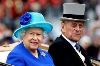 """Il messaggio della Regina Elisabetta dopo la morte di Filippo: """"Un momento di profonda tristezza"""""""