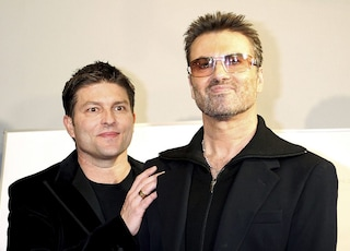 L'ex di George Michael la spunta sull'eredità del cantante, vitalizio d'oro per Kenny Goss