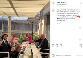 """Eleonora Daniele battezza sua figlia Carlotta, la madrina è Mara Venier: """"Sono grata ed emozionata"""""""