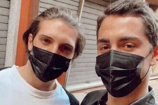 """Tommaso Zorzi a cena con Tommaso Stanzani che si scatena nelle danze: """"Amore anche meno"""""""