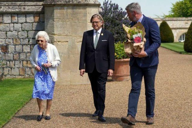 La Regina nel giorno del 100esimo compleanno del defunto marito.