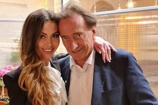 """Amedeo Goria fidanzato con Vera Miales di 31 anni più giovane: """"Facciamo l'amore 5 volte al giorno"""""""