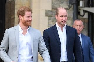 Solo William e Harry all'inaugurazione della statua di Lady Diana, assenti Carlo e la Regina