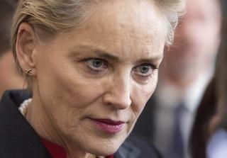 I drammi di Sharon Stone: gli abusi, l'aneurisma, la morte del nipotino