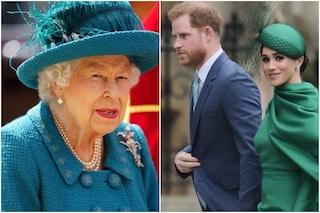 """La regina """"esasperata"""" da Harry e Meghan chiama gli avvocati: """"Altri attacchi non saranno tollerati"""""""