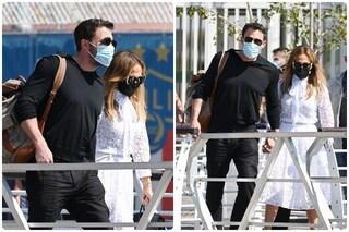 Jennifer Lopez e Ben Affleck sbarcano a Venezia, nulla più di un red carpet consacra l'amore