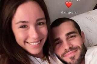 """Aurora Ramazzotti smentisce la crisi con il fidanzato Goffredo: """"Siamo ancora qua"""""""