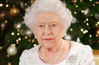 La morte della regina Elisabetta II e l'operazione London Bridge: social a lutto e Carlo diventa re