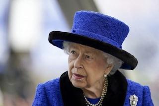 La regina Elisabetta ricoverata in ospedale durante la notte, come sta la sovrana