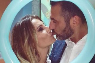 """Sossio Aruta e Ursula Bennardo sono tornati insieme, la foto del bacio: """"Uniti speriamo per sempre"""""""