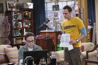 The Big Bang Theory 8x18, Sheldon e Leonard litigano e Bernie li riprende (VIDEO)
