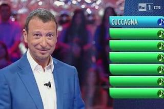 """Gaffe di Amadeus a """"Reazione a catena"""": chiama le concorrenti """"Si La Do"""""""