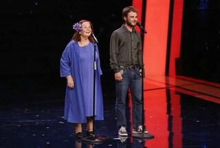 Nonna e nipote cantano a Tu Si Que Vales commuovendo il pubblico e Belen