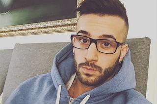 """Andreas segue Amici 2016 da casa dopo l'infortunio: """"Non piango, ma mi mancate troppo"""""""