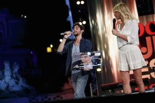 Con Coca Cola Summer Festival Canale 5 sorride, battuto Braccialetti Rossi 2 agli ascolti